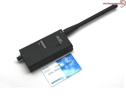 Detector profesional de microfoane 8,7 Ghz